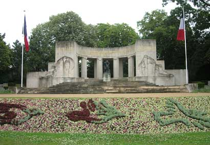 Kriegerdenkmal in Reims